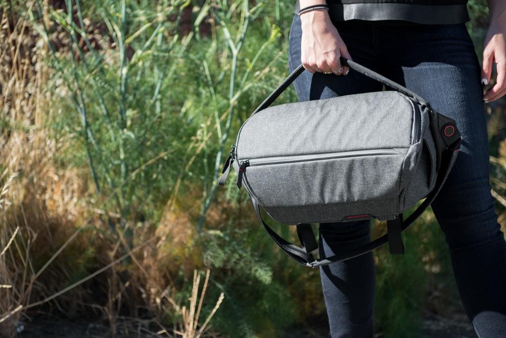 Сумка Peak Design The Everyday Sling для Mavic Pro серый-15