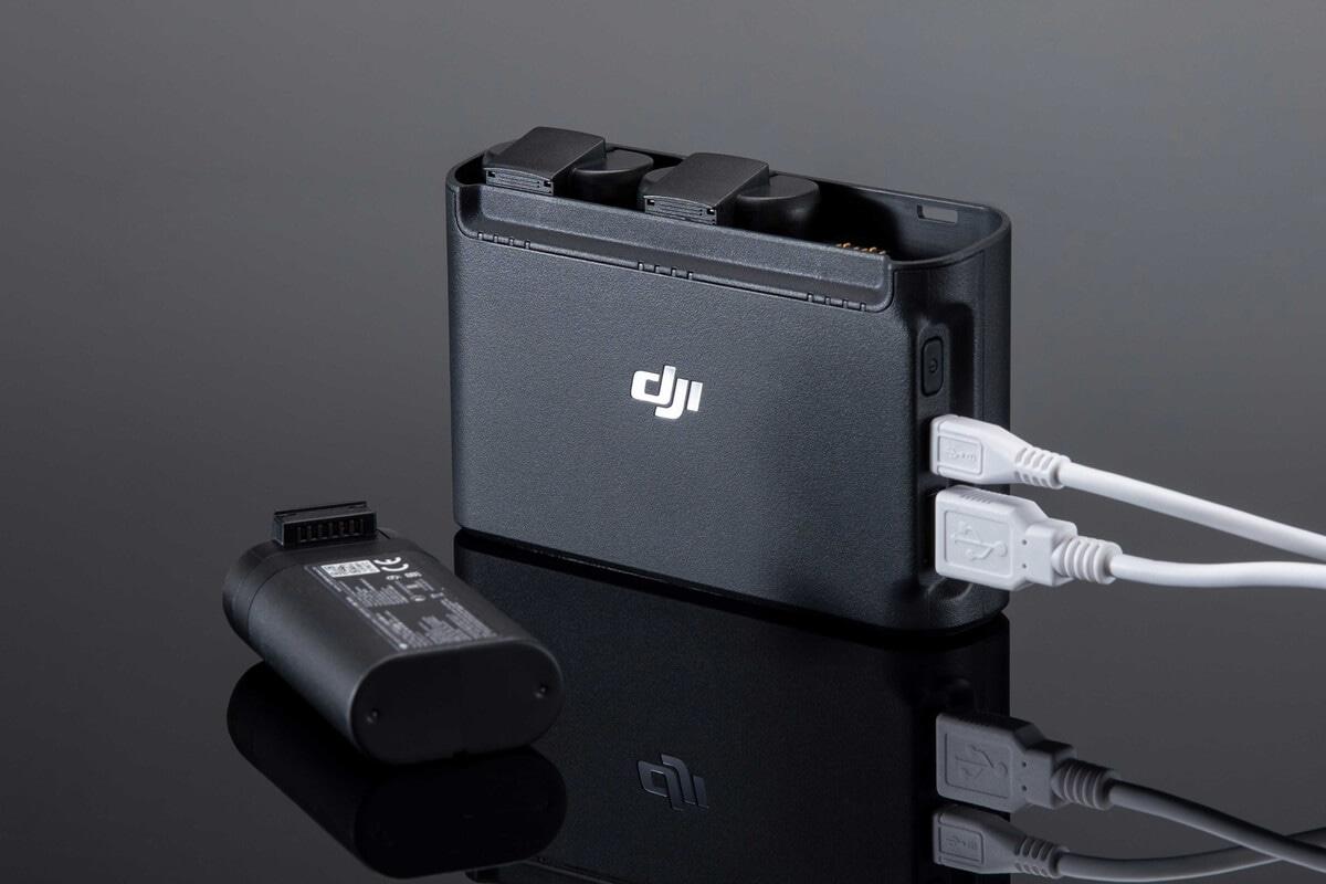 Зарядная станция DJI Two-Way Charging Hub-5